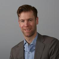 Mr. drs. S.C. (Sven) de Leede